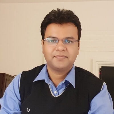 SGGSWU Dr. Puneet Walia (PhD, Management)